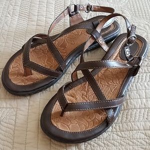 Bochy brown leather strappy sandals flats shoes